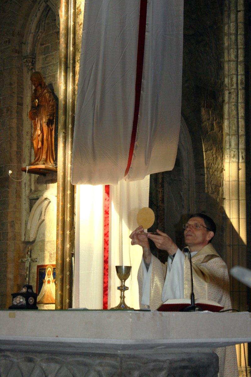 1504_Messe avec baptêmes 42