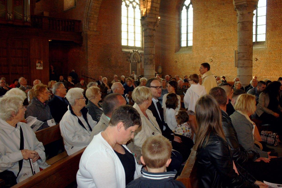 1504_Messe avec baptêmes 51