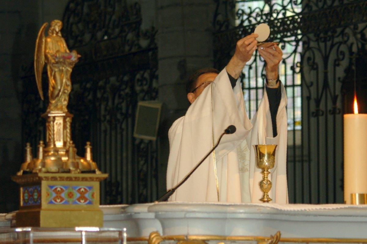 1505_Messe St-Yves 14