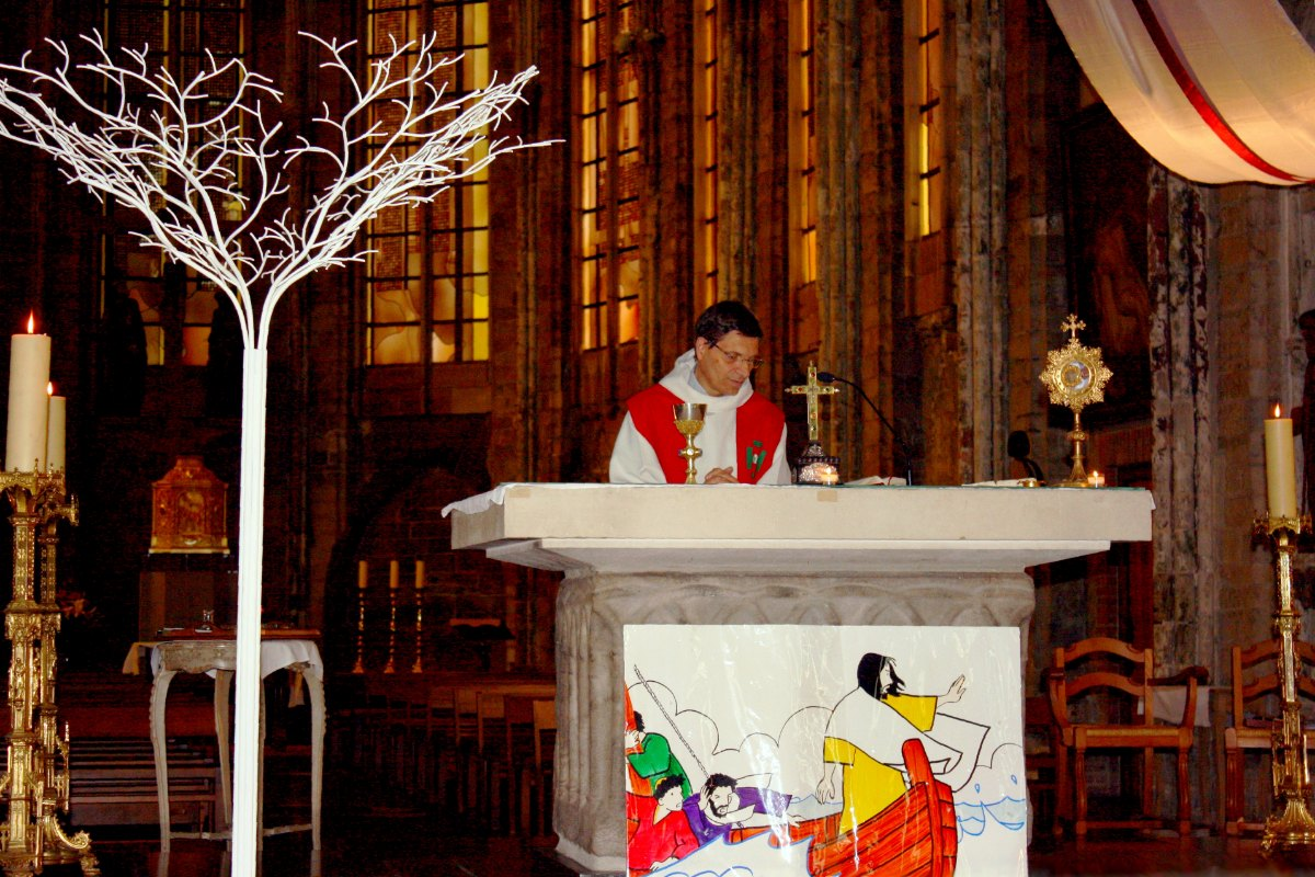 1506_Messe St Thomas More 1