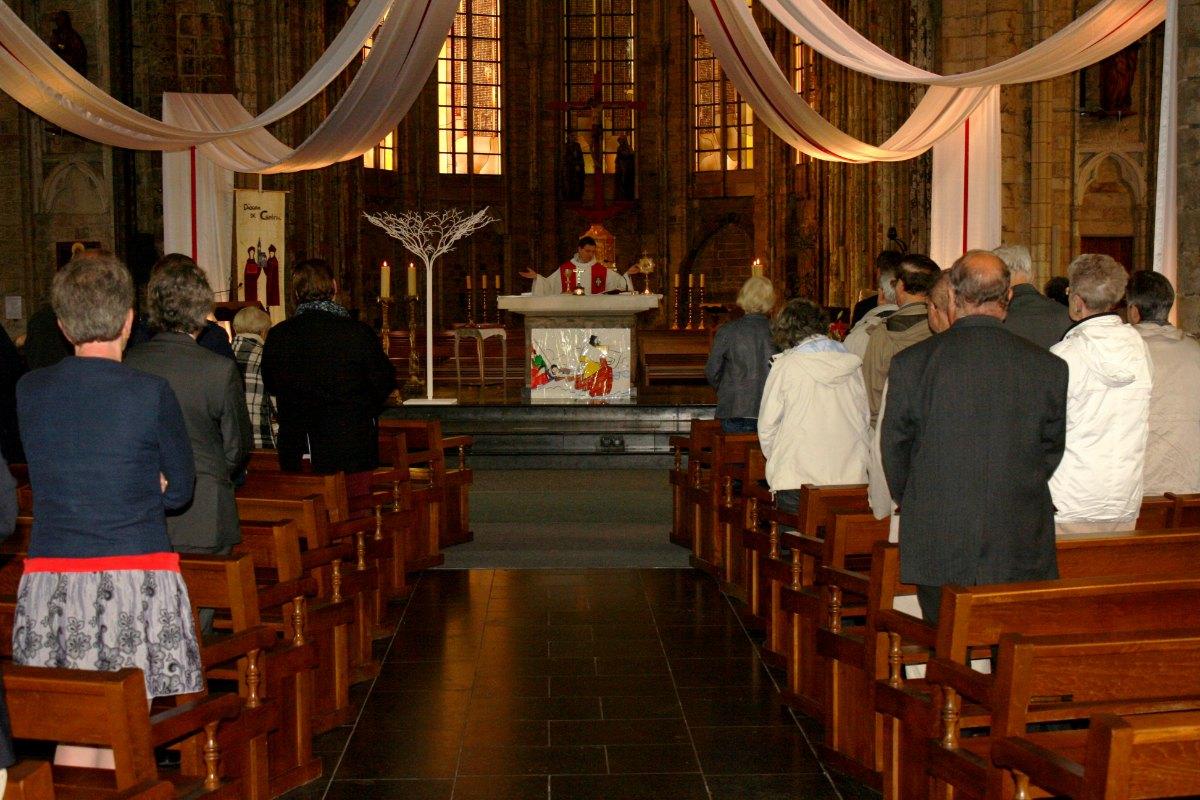 1506_Messe St Thomas More 3