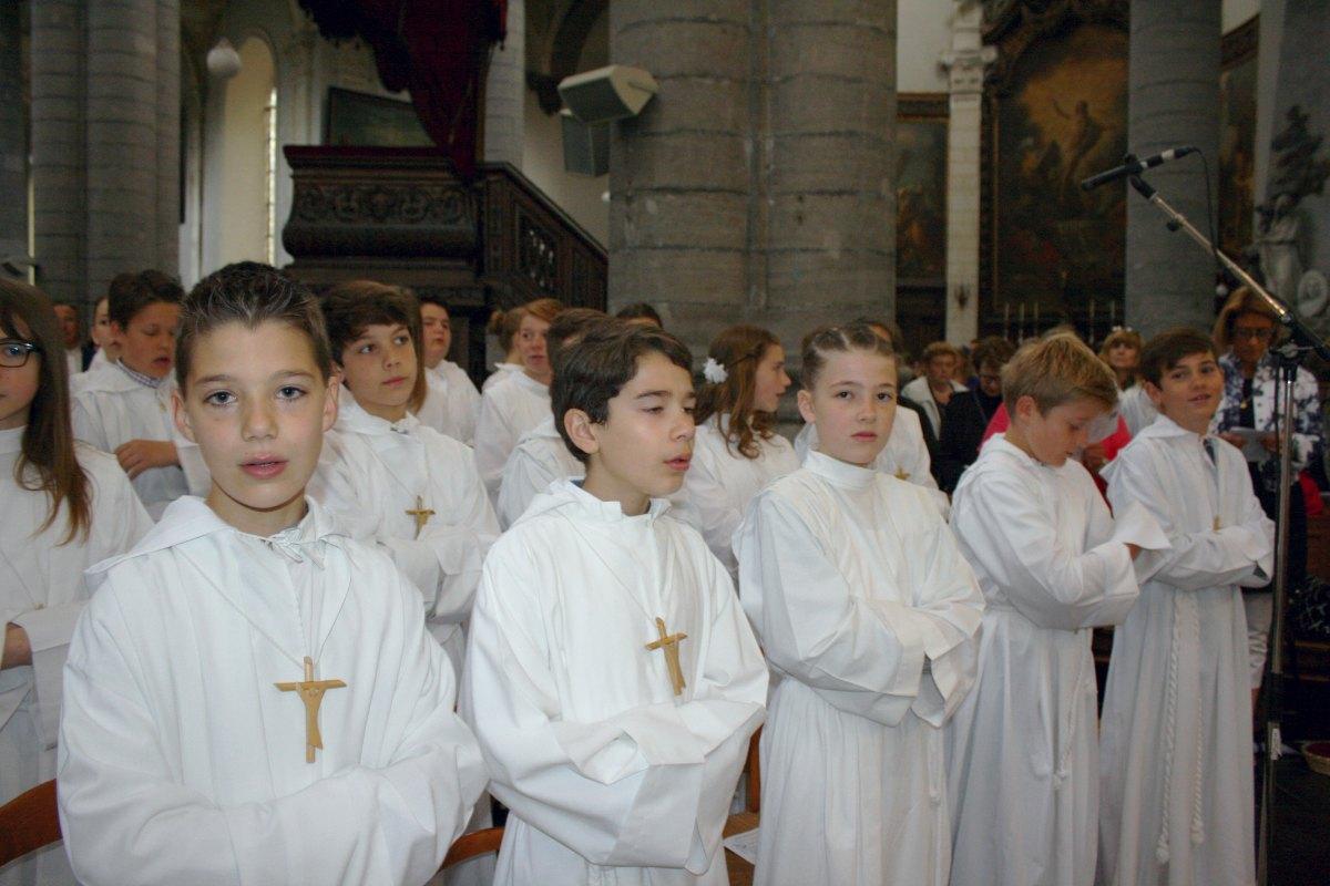 1506_Profession de foi (St-Jean 1) 16