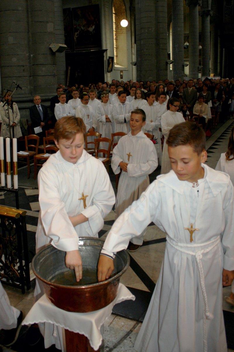 1506_Profession de foi (St-Jean 1) 25