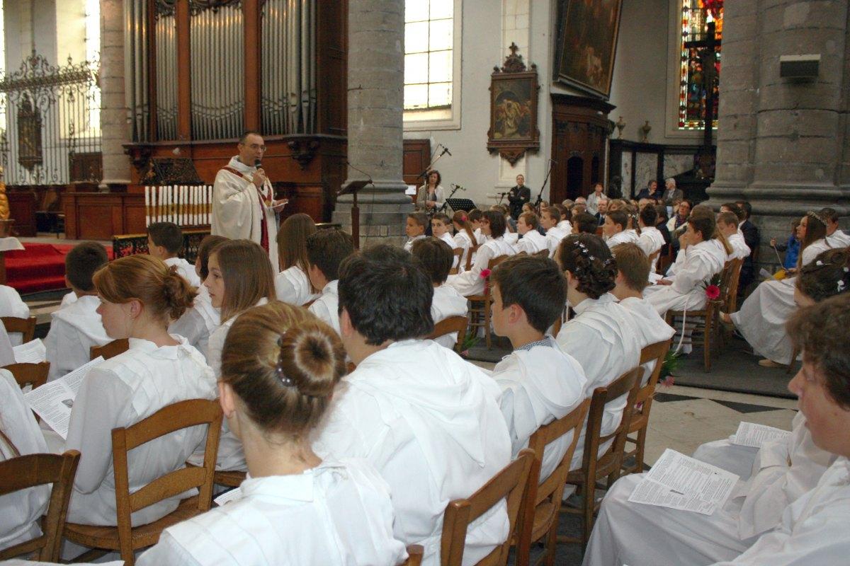 1506_Profession de foi (St-Jean 1) 37