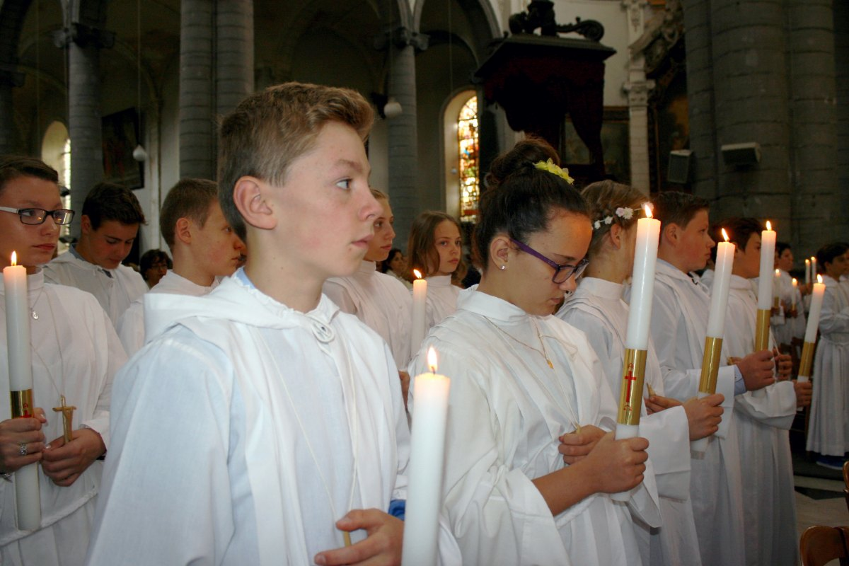 1506_Profession de foi (St-Jean 1) 46