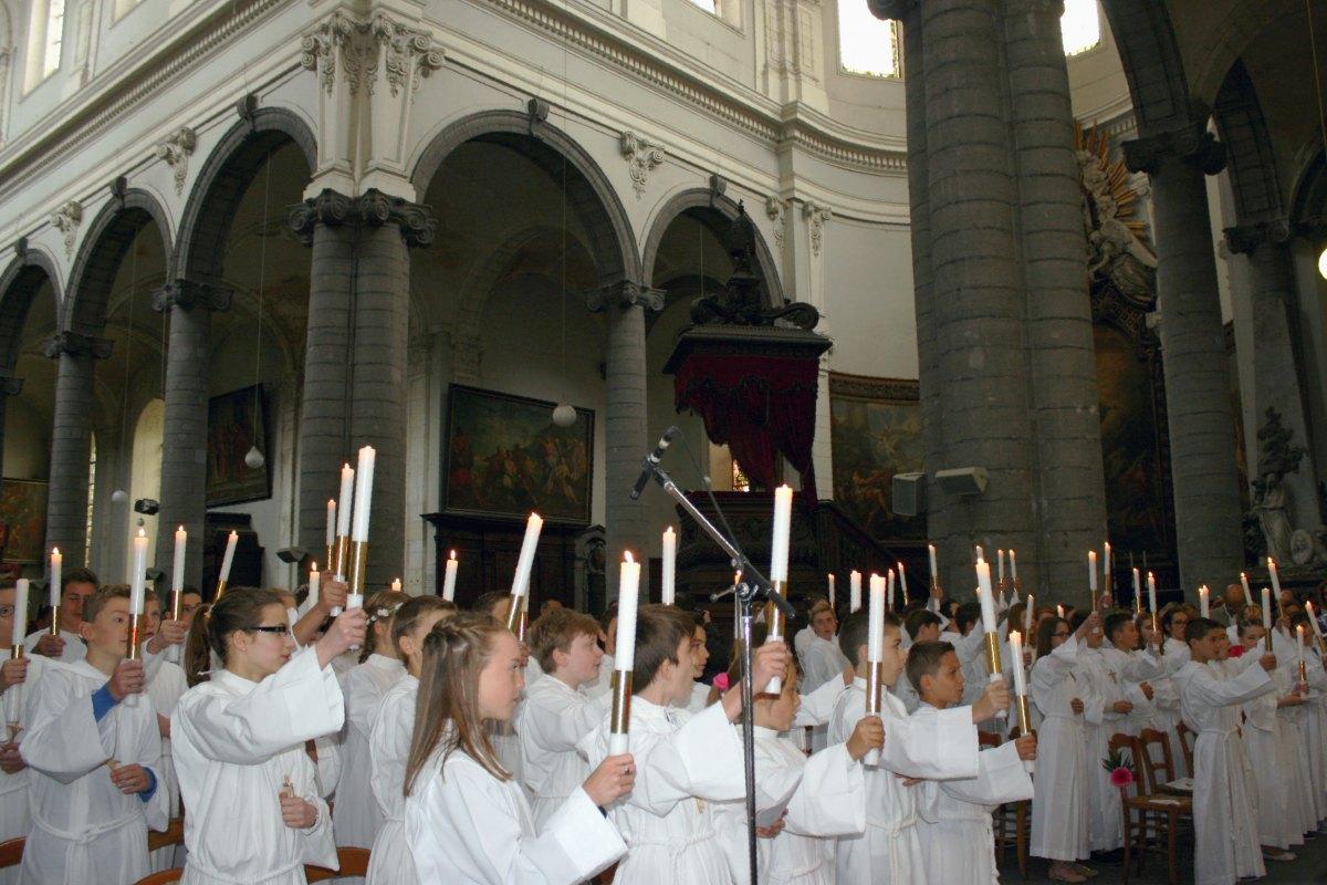 1506_Profession de foi (St-Jean 1) 49