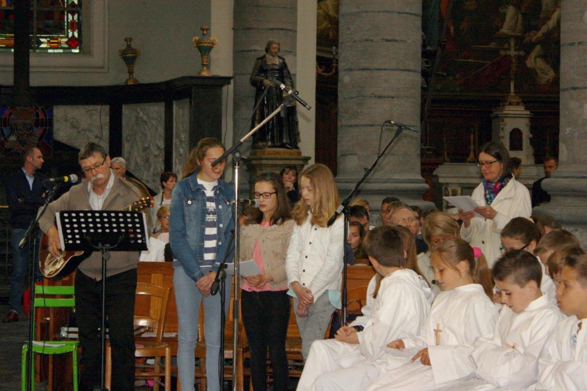 1506_Profession de foi (St-Jean 1) 54