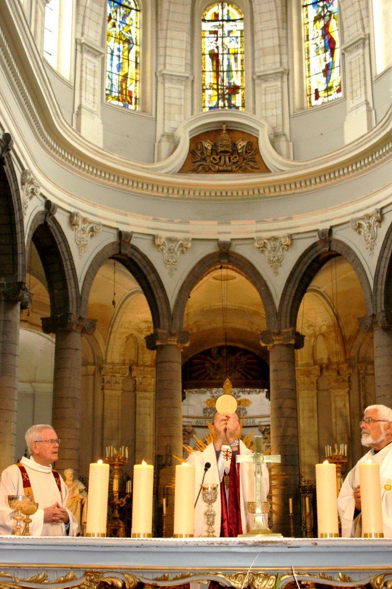 1506_Profession de foi (St-Jean 1) 56