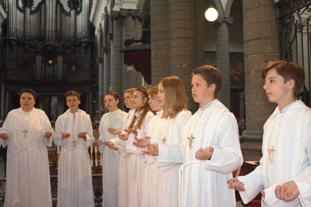 1506_Profession de foi (St-Jean 1) 59
