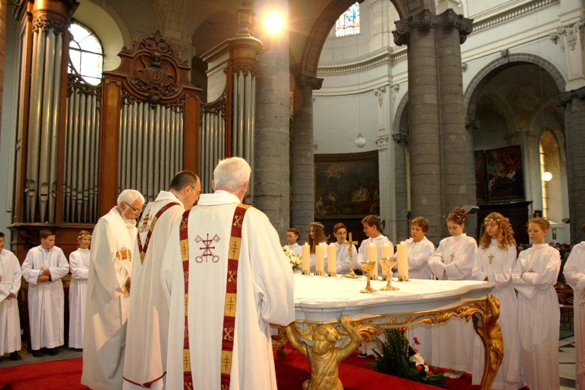 1506_Profession de foi (St-Jean 1) 60