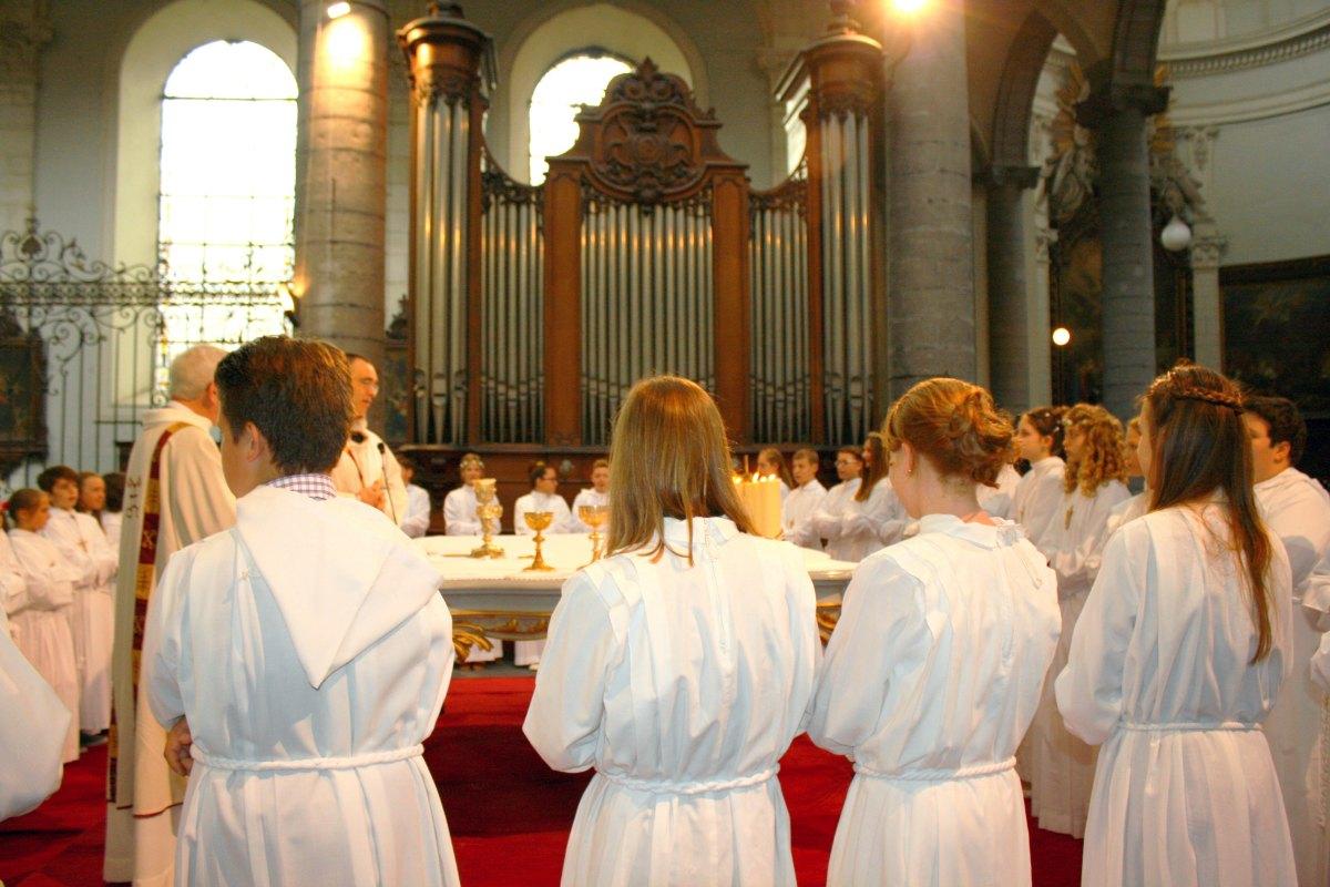 1506_Profession de foi (St-Jean 1) 61