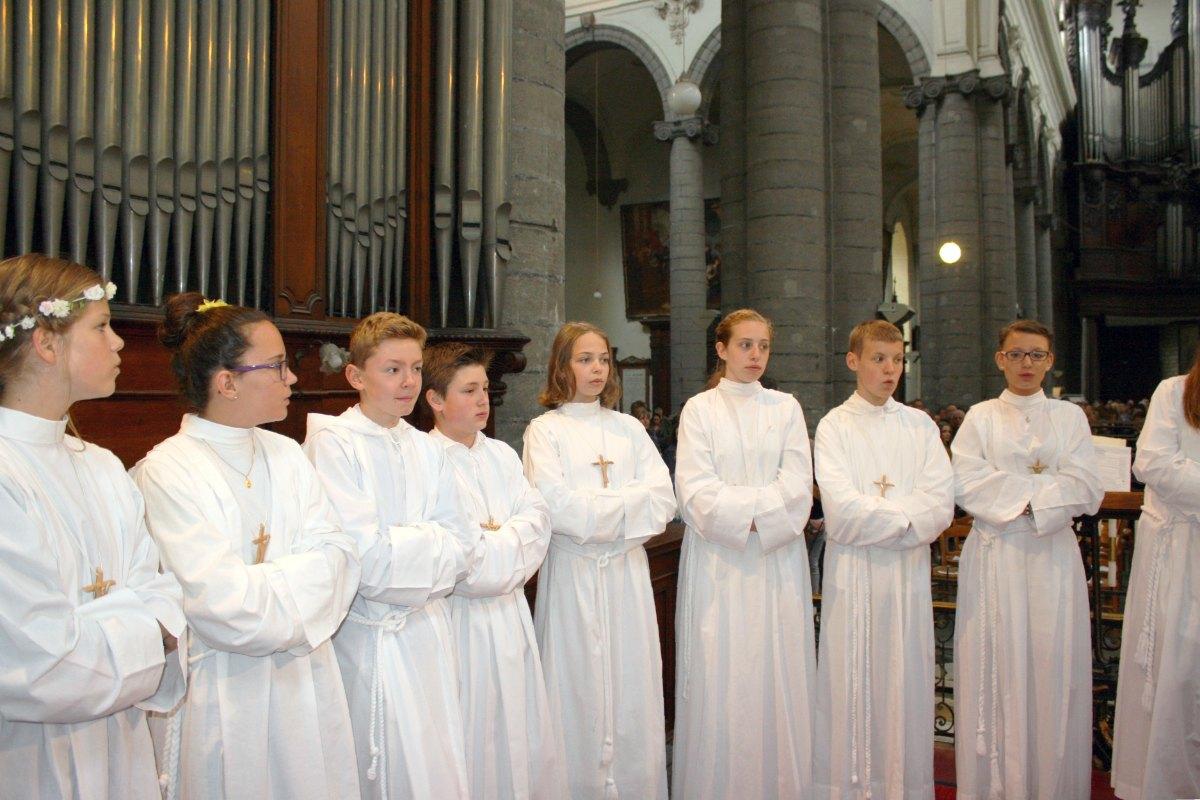 1506_Profession de foi (St-Jean 1) 63