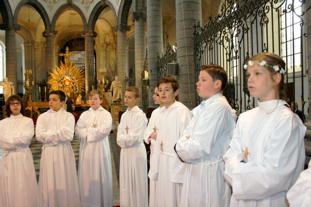 1506_Profession de foi (St-Jean 1) 64