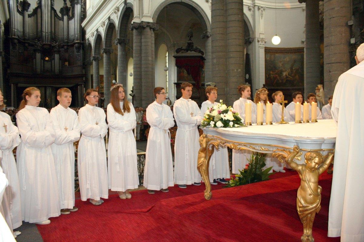 1506_Profession de foi (St-Jean 1) 65