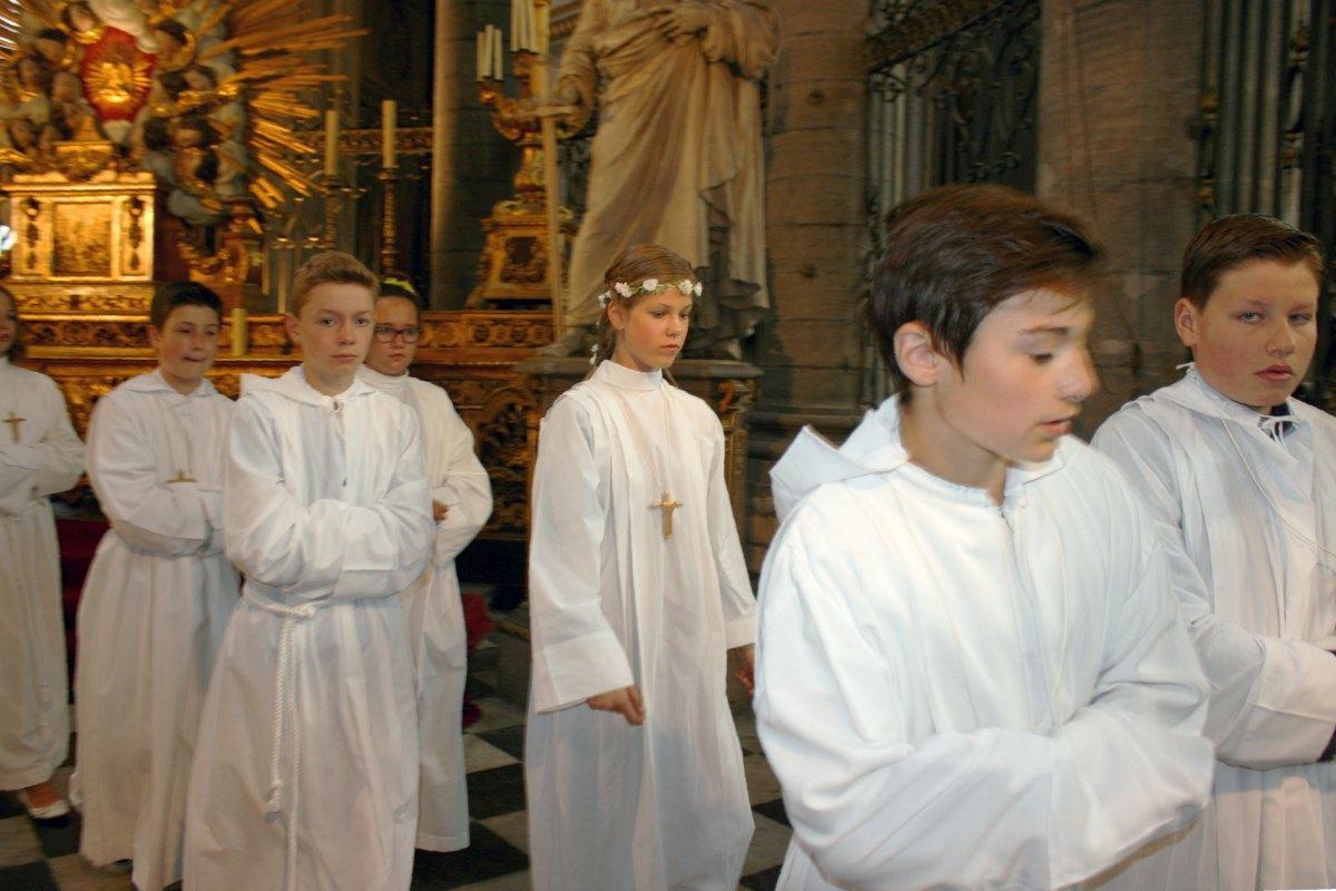 1506_Profession de foi (St-Jean 1) 70