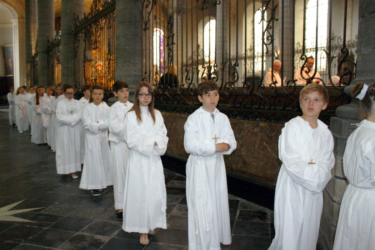 1506_Profession de foi (St-Jean 1) 71