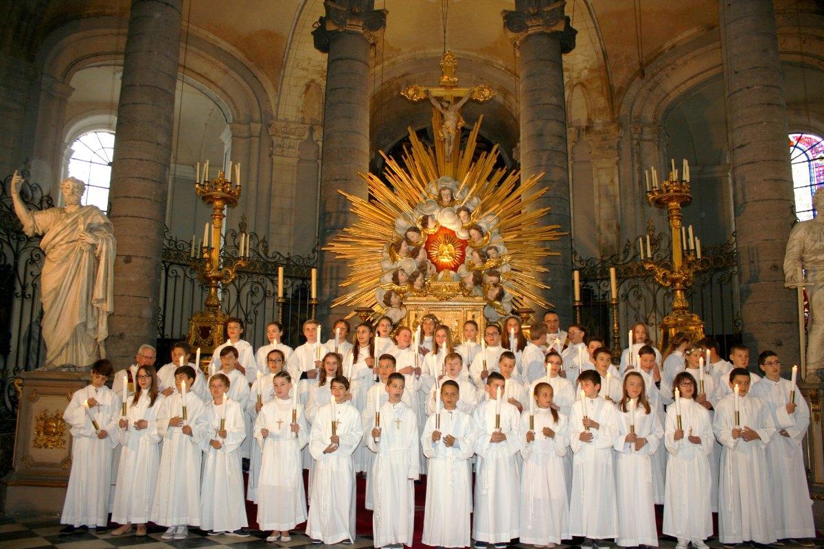 1506_Profession de foi (St-Jean 1) 79