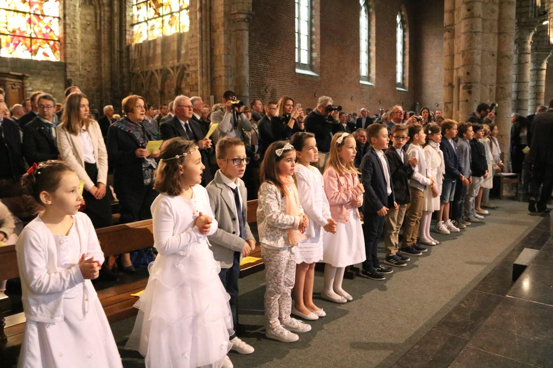 1705_1ères communions (Ecole de la Ste-Union) 5