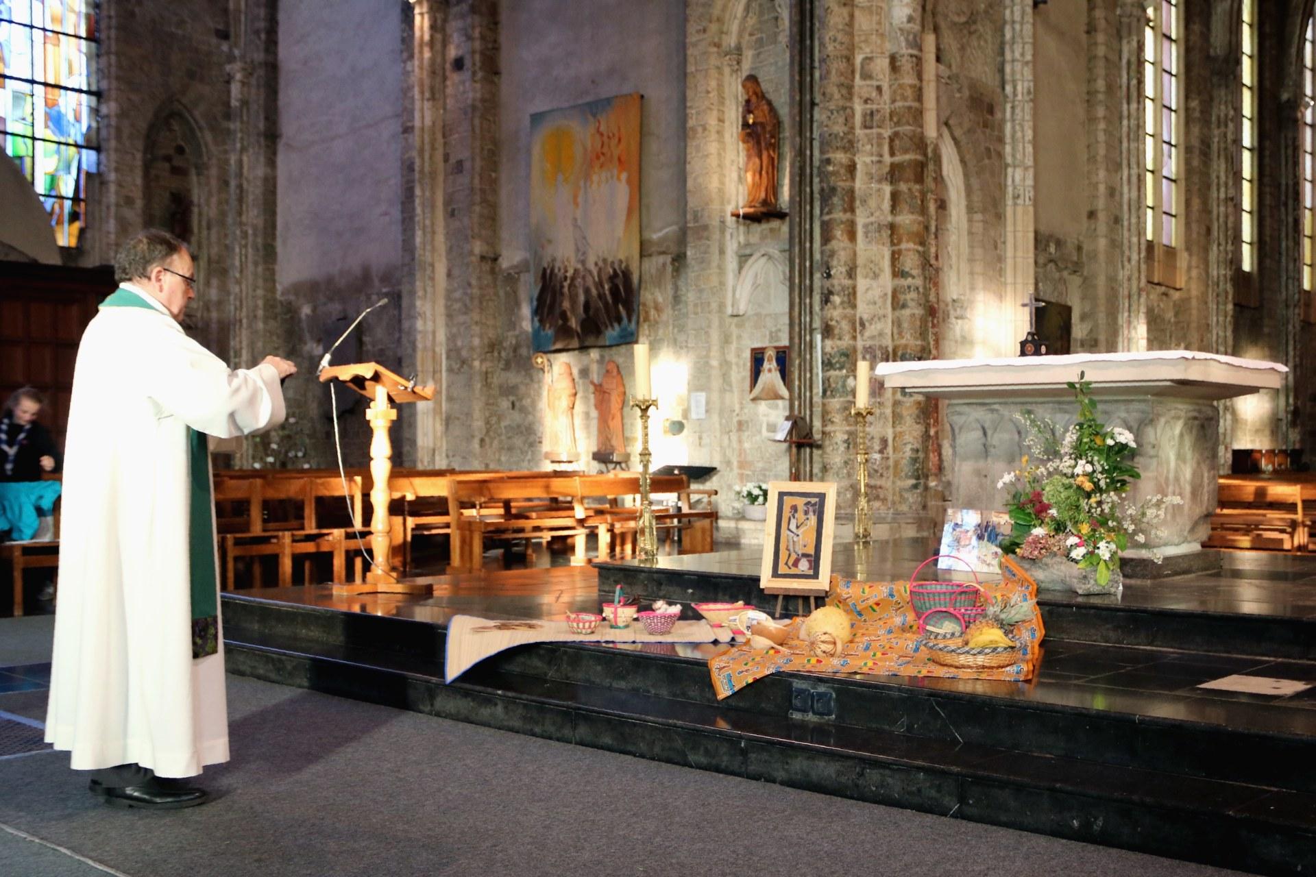 1710_JMM_Messe anticipée église ND 1
