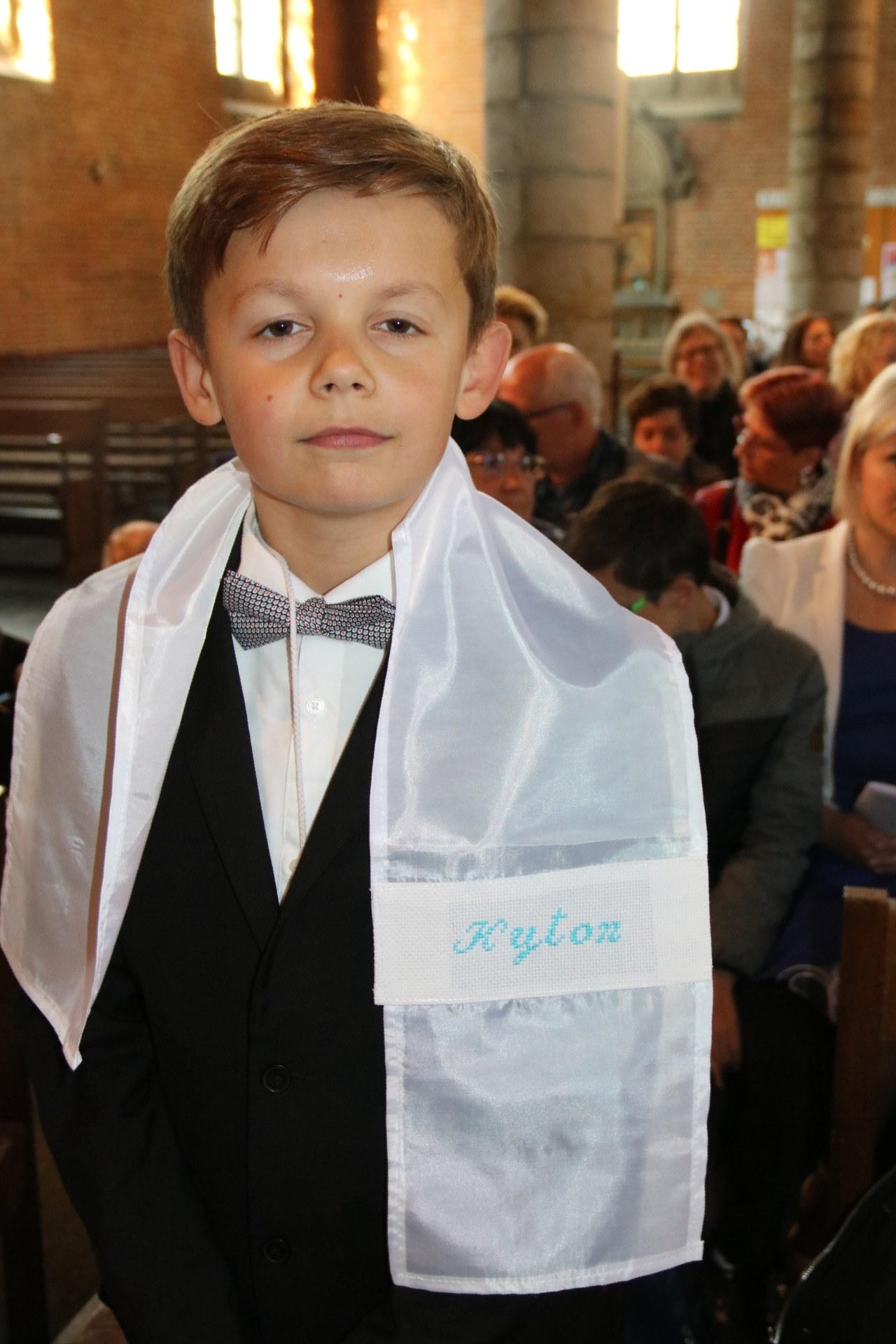 1905_Célébration de baptêmes (7 -12 ans) 109