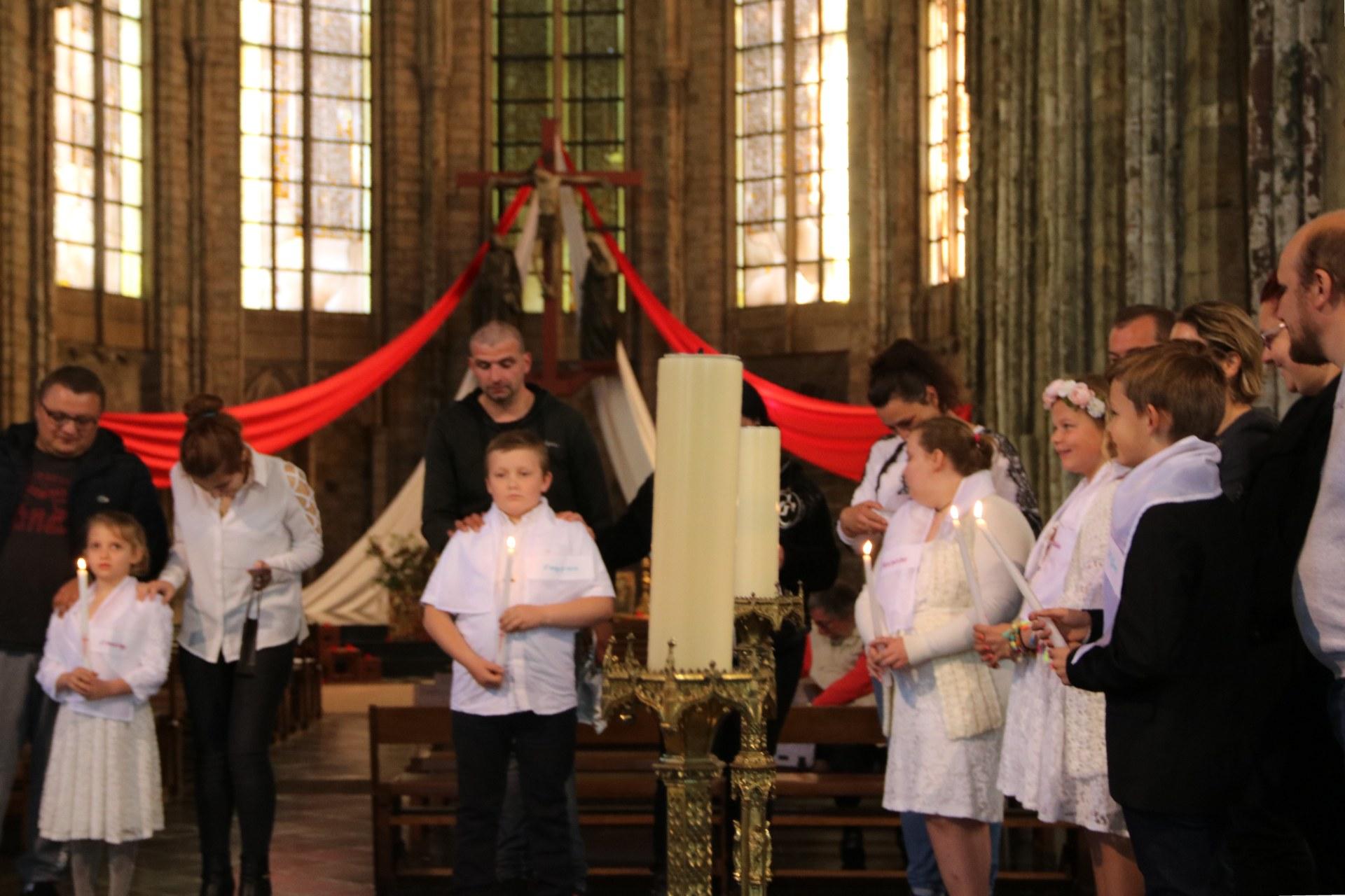 1905_Célébration de baptêmes (7 -12 ans) 117