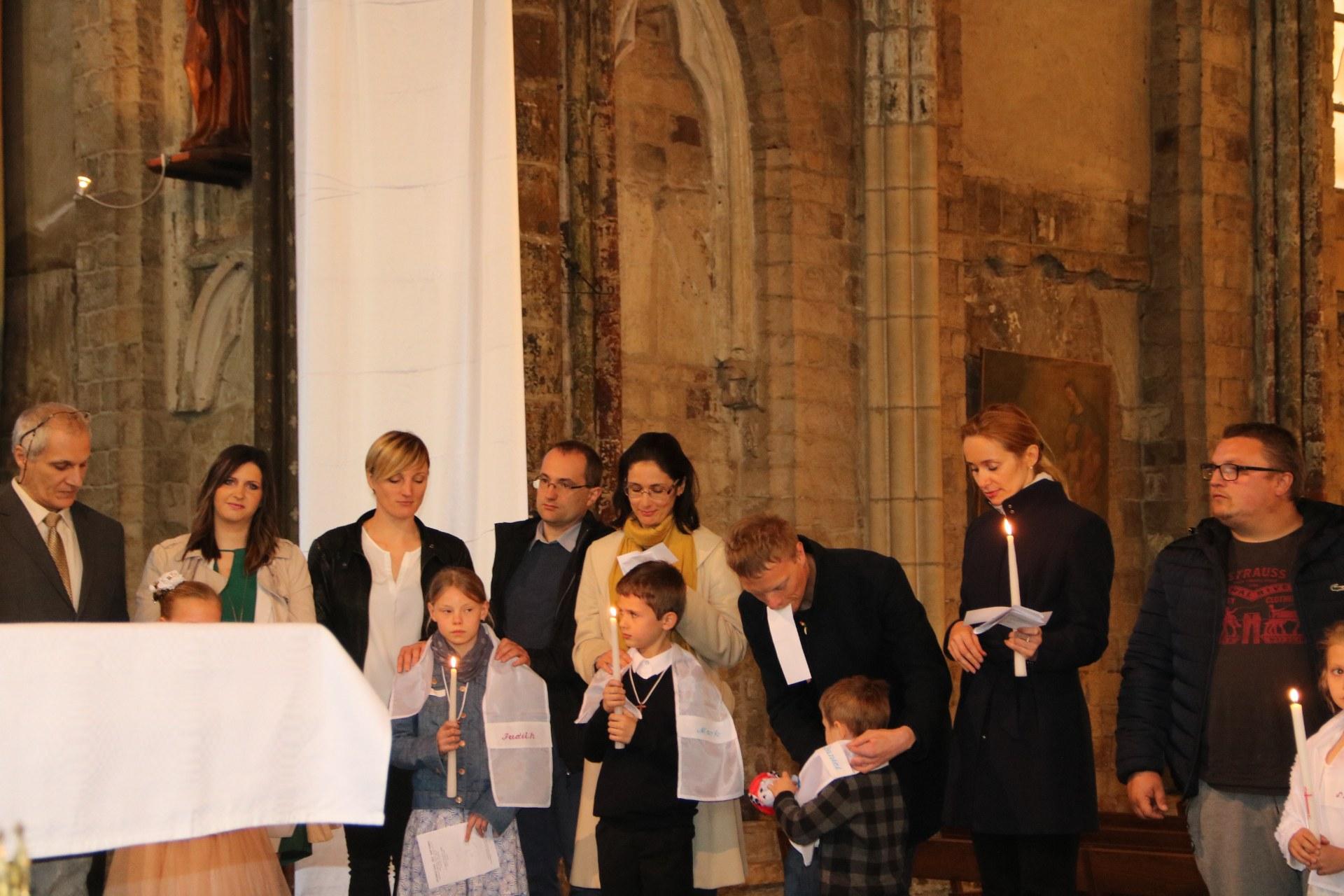 1905_Célébration de baptêmes (7 -12 ans) 118