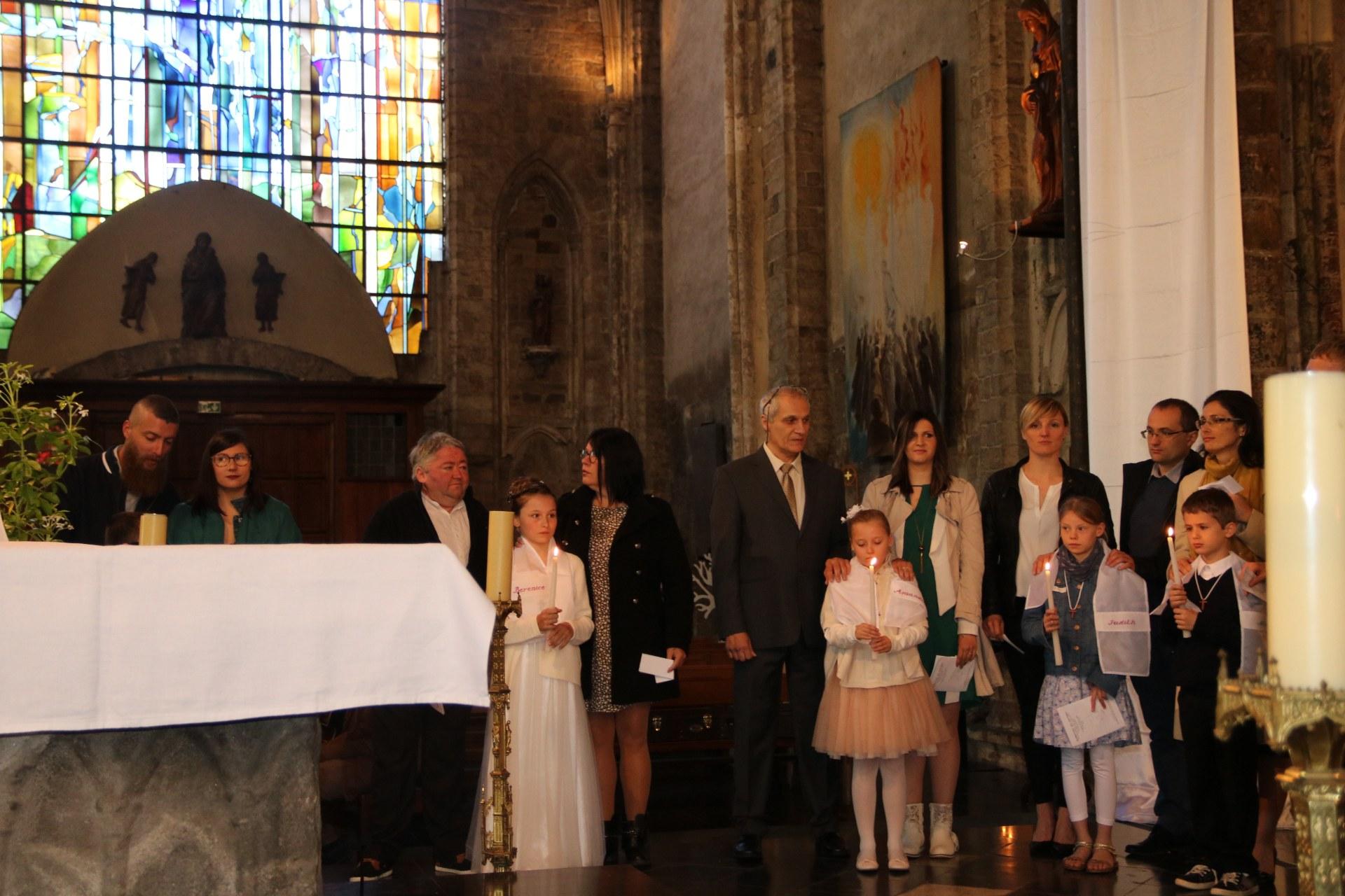 1905_Célébration de baptêmes (7 -12 ans) 119