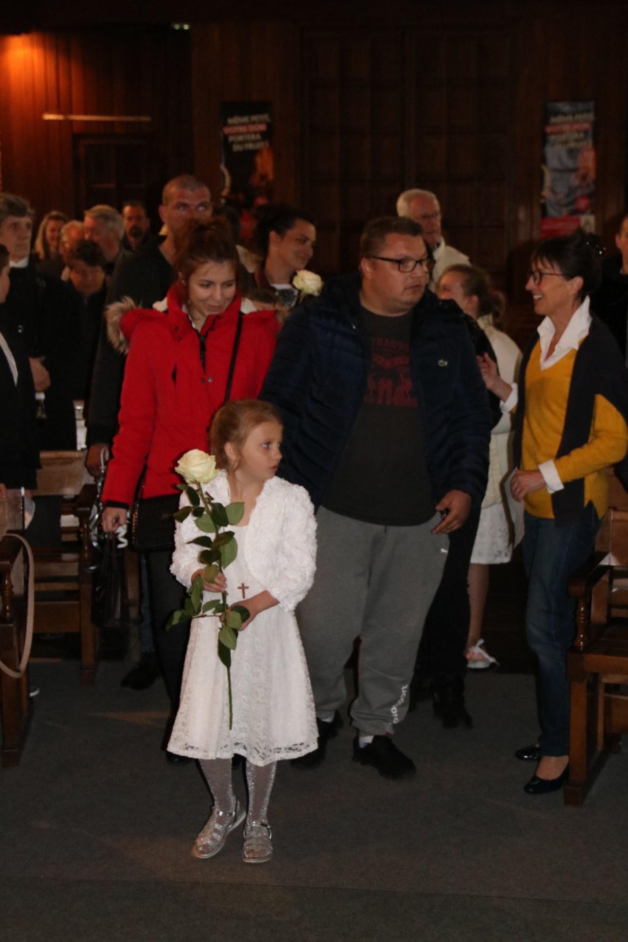 1905_Célébration de baptêmes (7 -12 ans) 12
