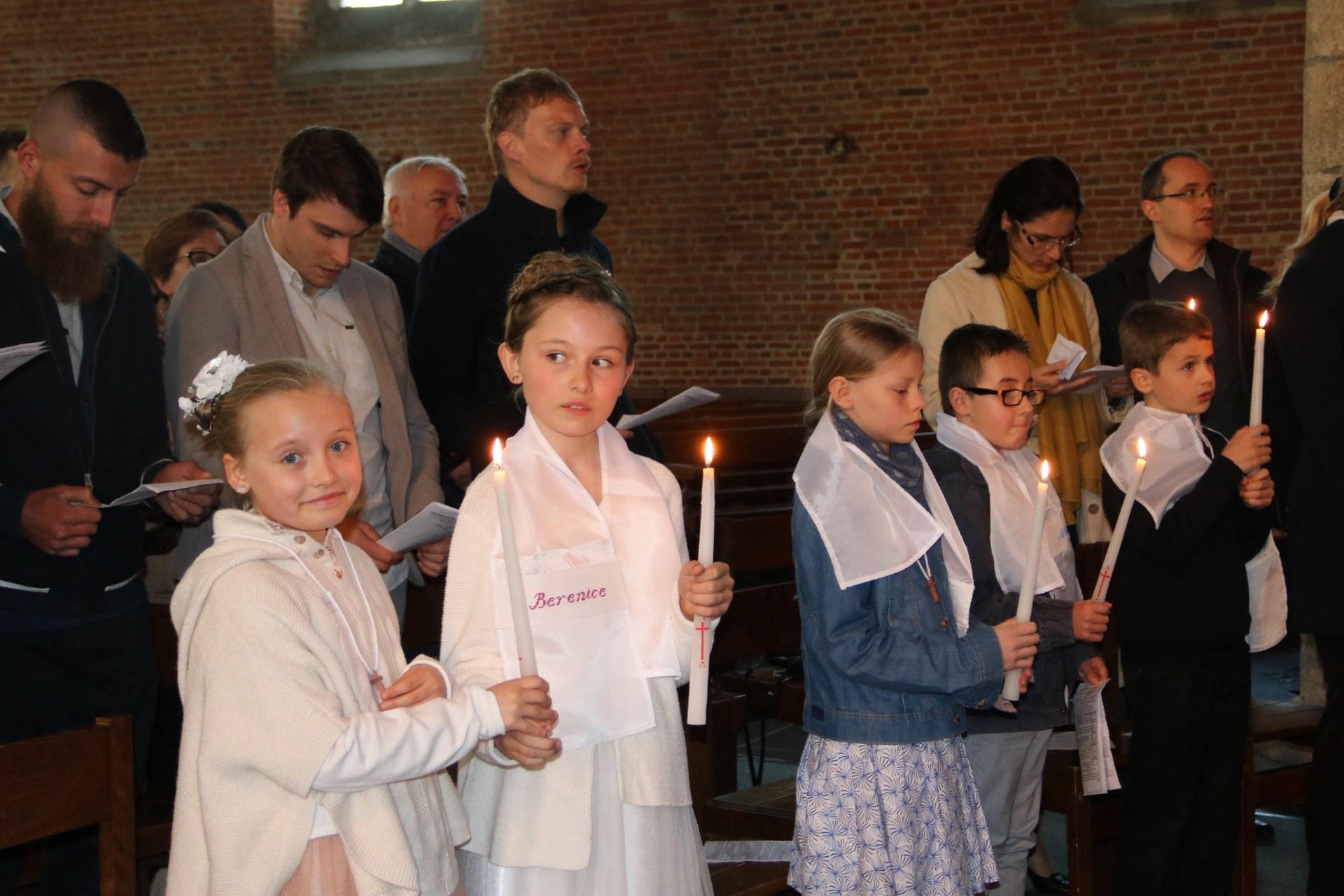 1905_Célébration de baptêmes (7 -12 ans) 121