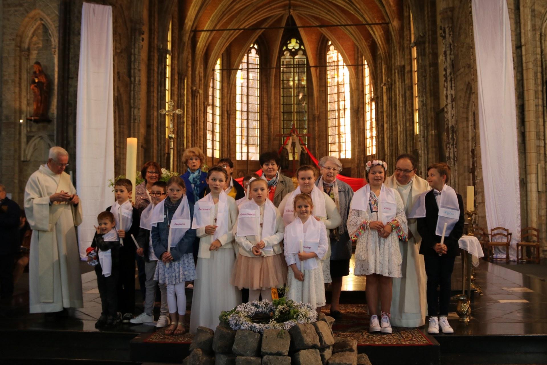 1905_Célébration de baptêmes (7 -12 ans) 135