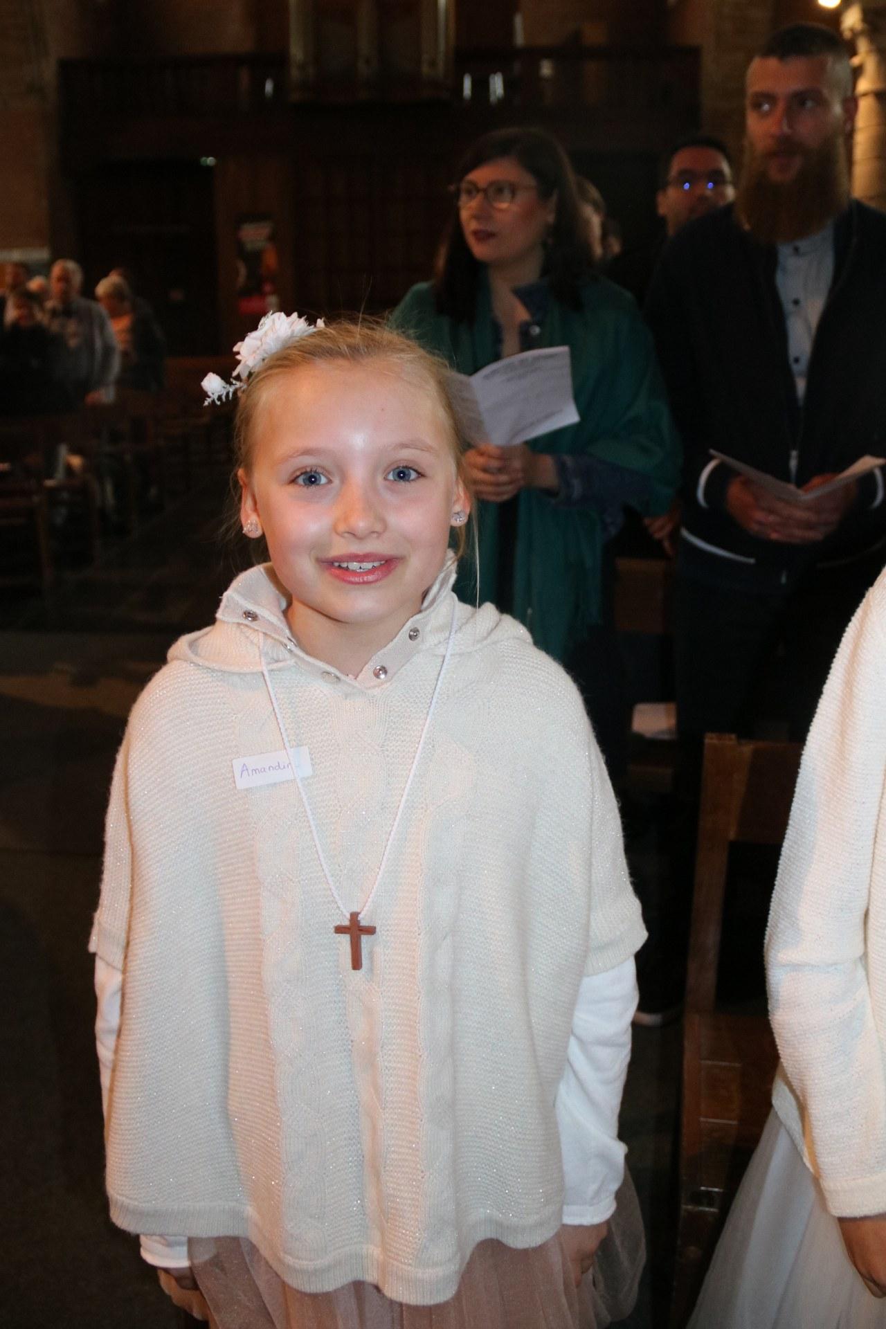 1905_Célébration de baptêmes (7 -12 ans) 21