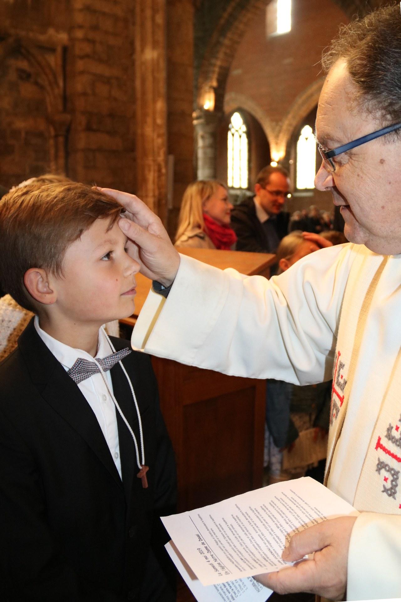 1905_Célébration de baptêmes (7 -12 ans) 45