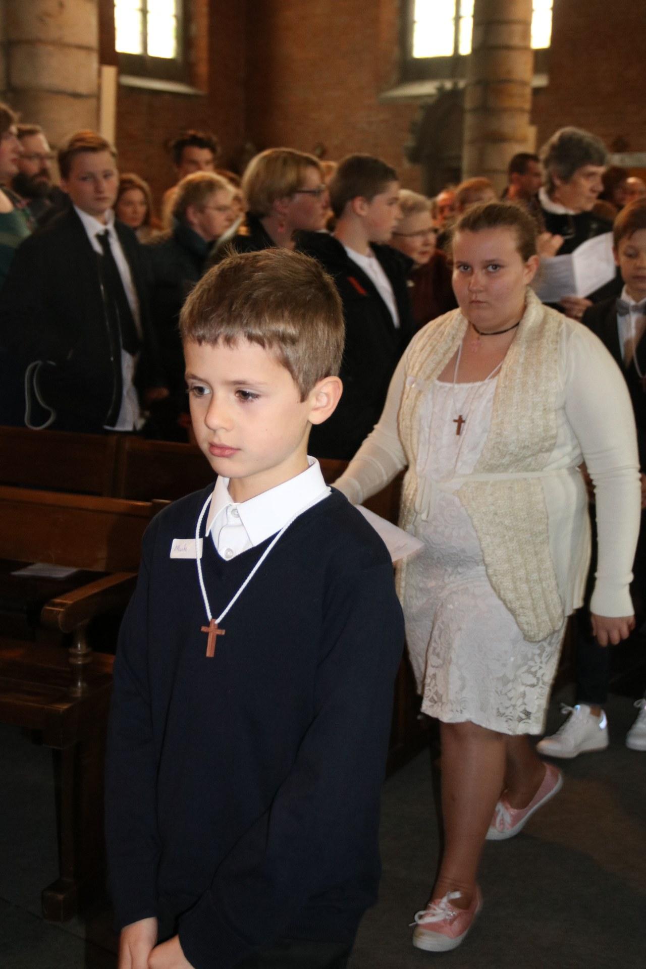 1905_Célébration de baptêmes (7 -12 ans) 48