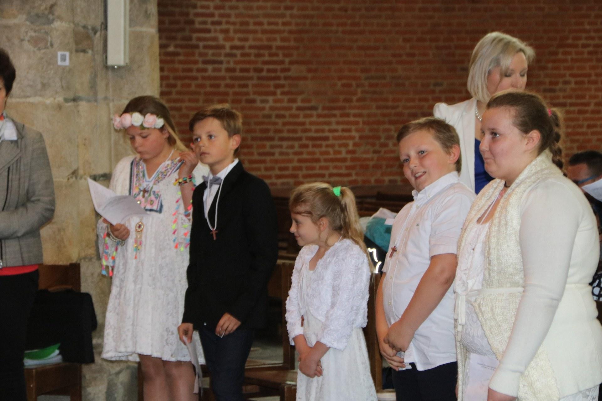 1905_Célébration de baptêmes (7 -12 ans) 50