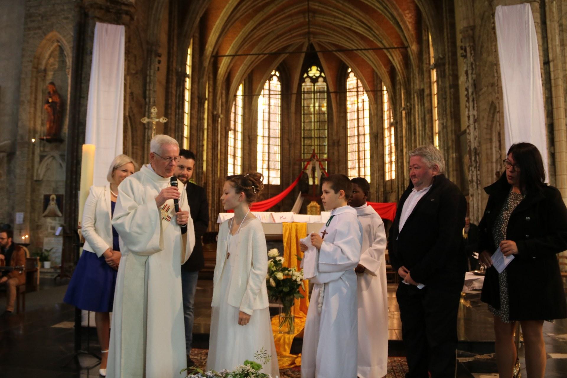 1905_Célébration de baptêmes (7 -12 ans) 60