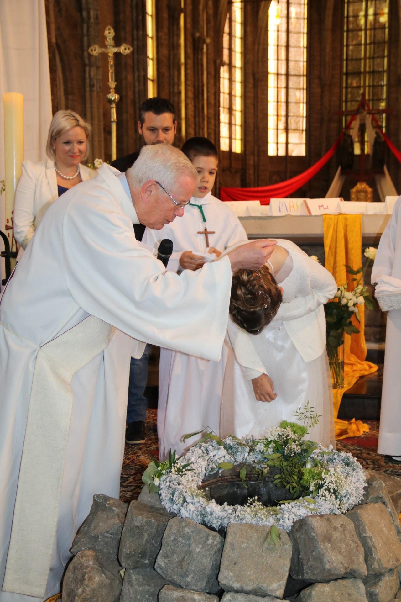 1905_Célébration de baptêmes (7 -12 ans) 61