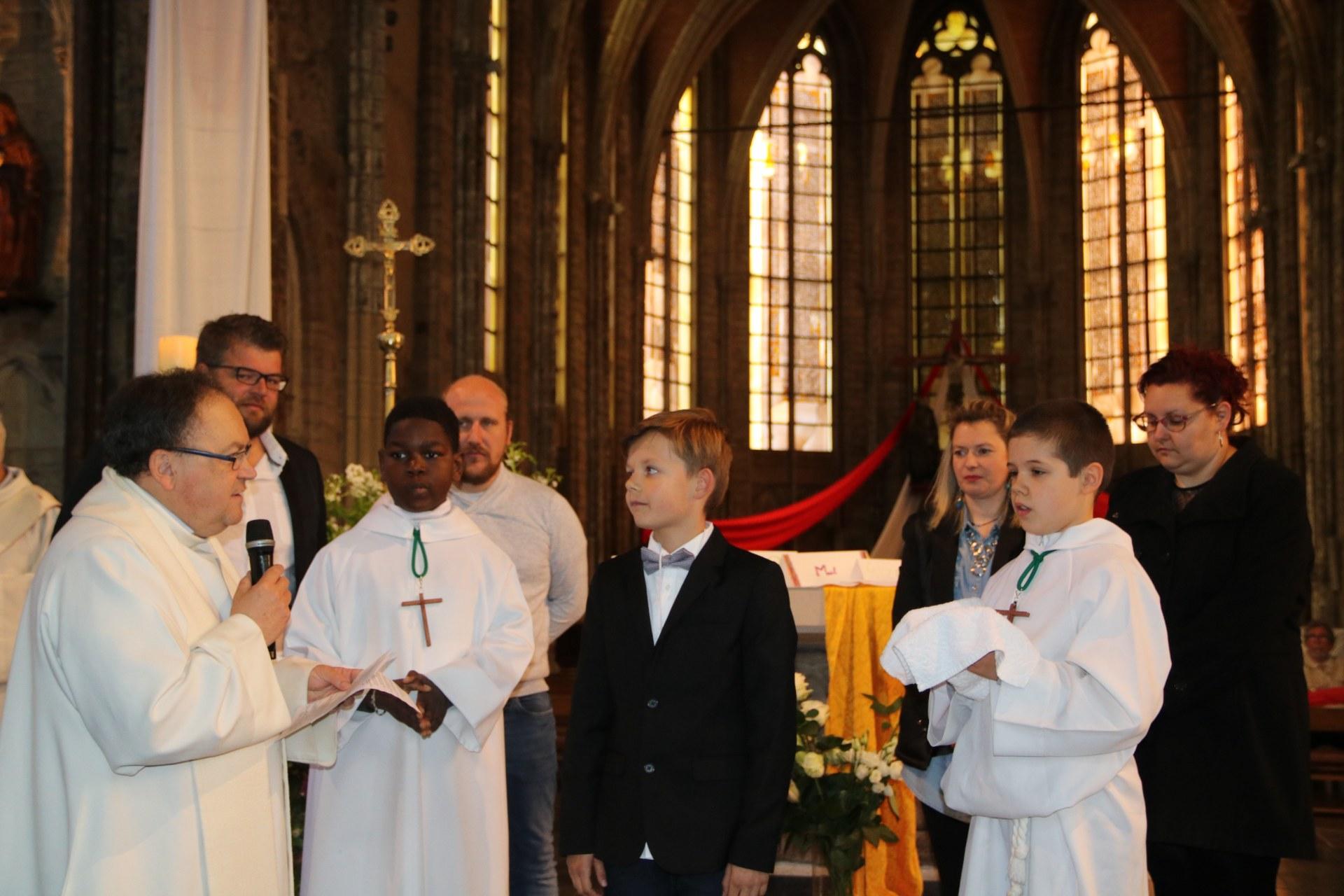 1905_Célébration de baptêmes (7 -12 ans) 64
