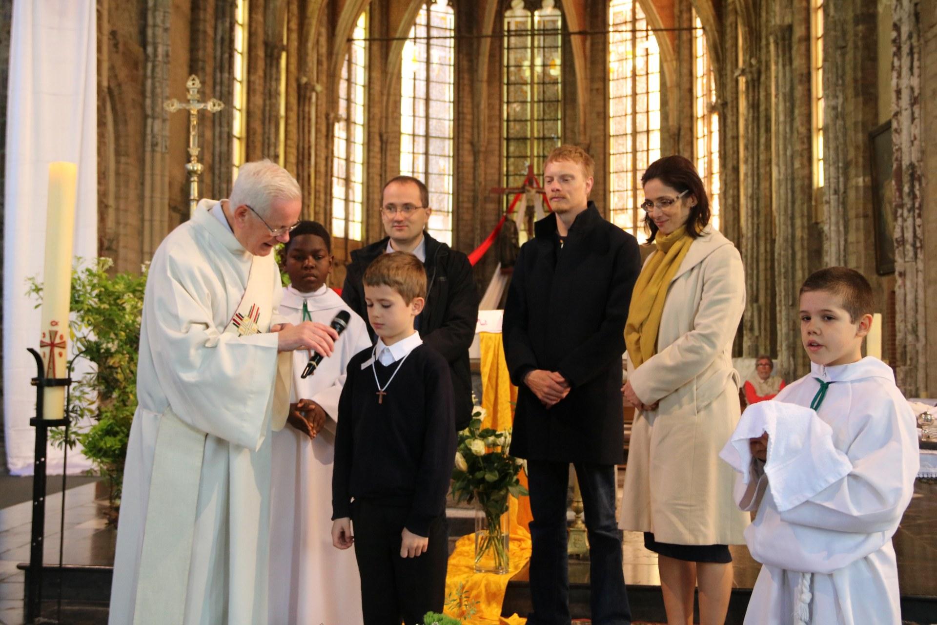 1905_Célébration de baptêmes (7 -12 ans) 70