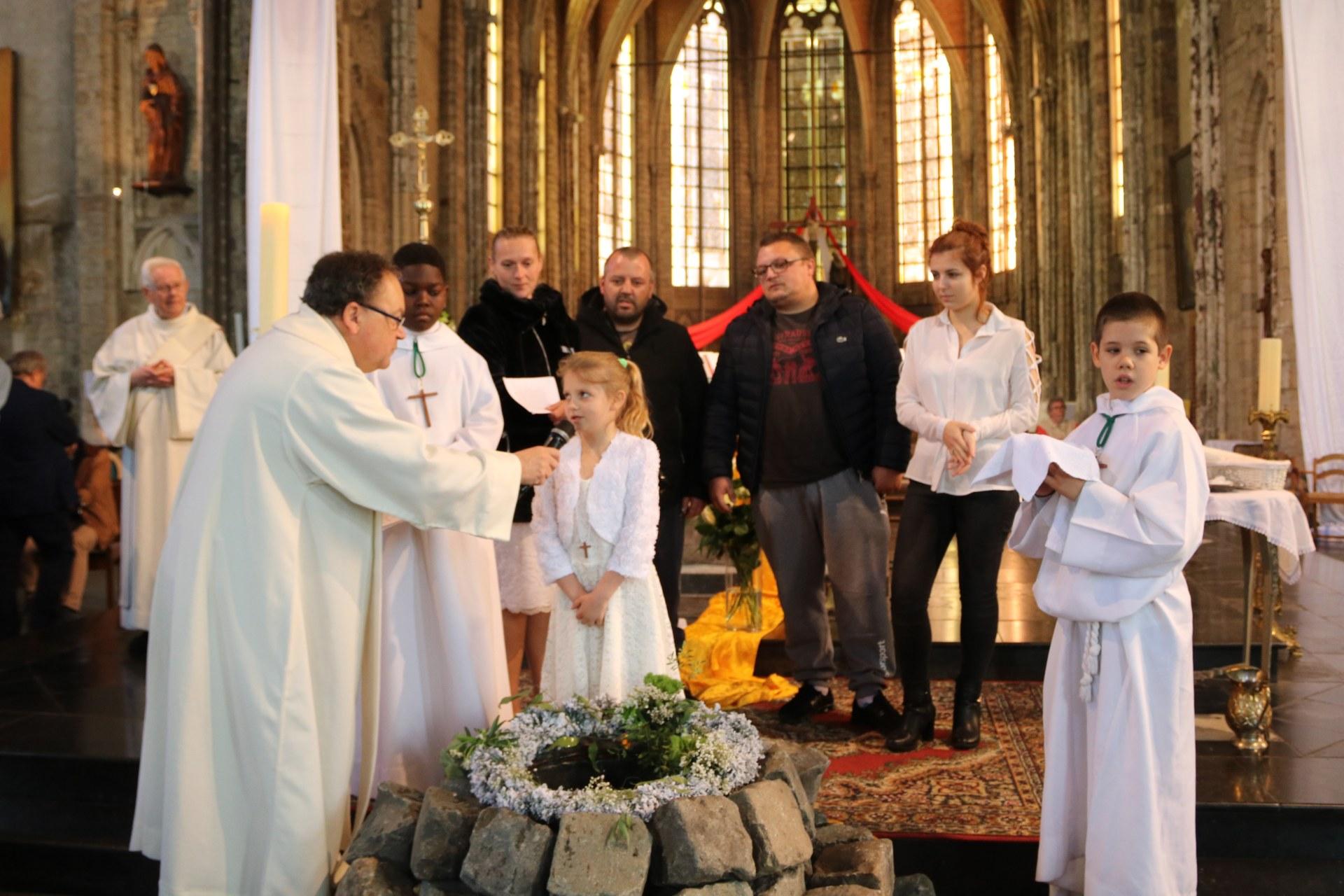 1905_Célébration de baptêmes (7 -12 ans) 74