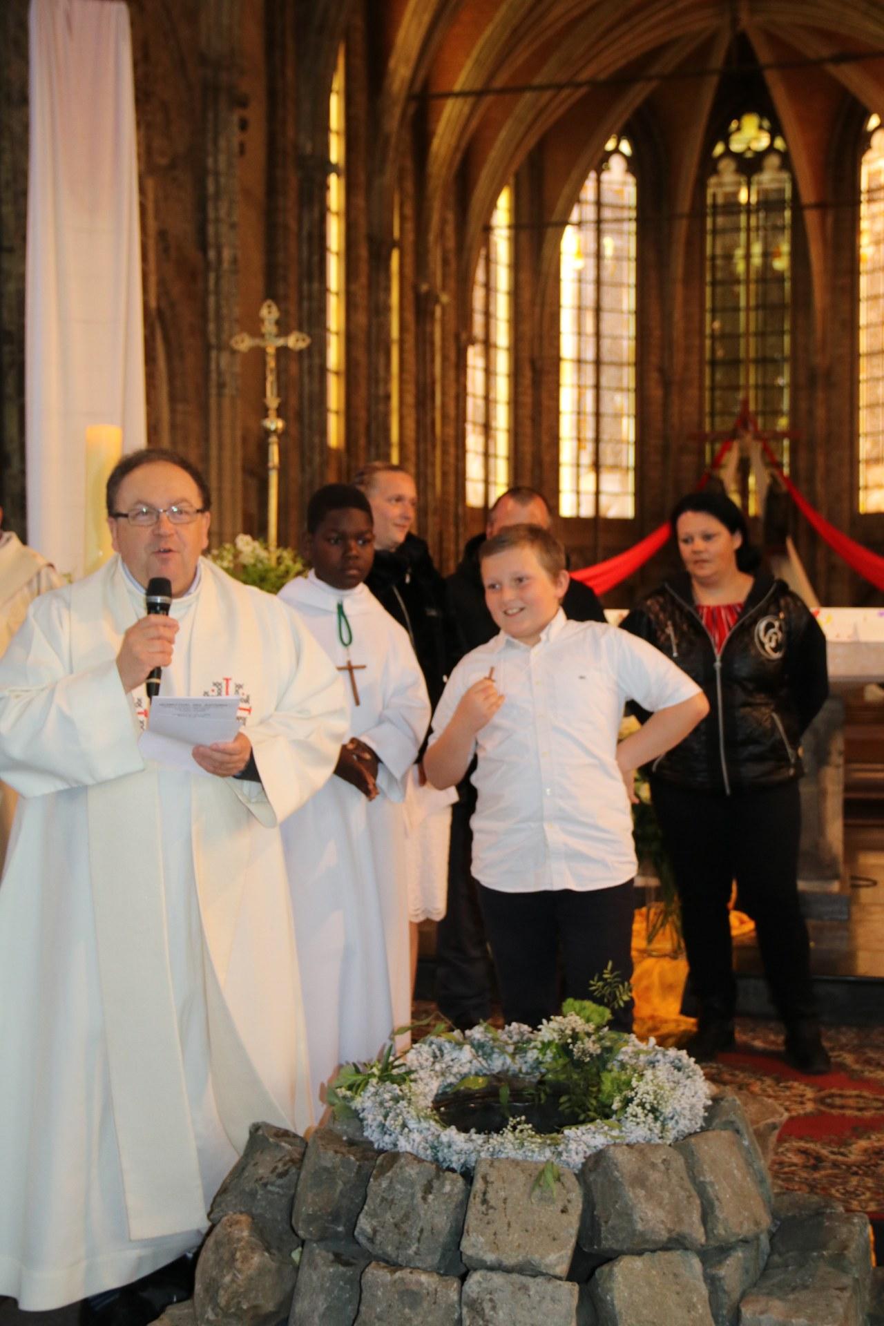 1905_Célébration de baptêmes (7 -12 ans) 76