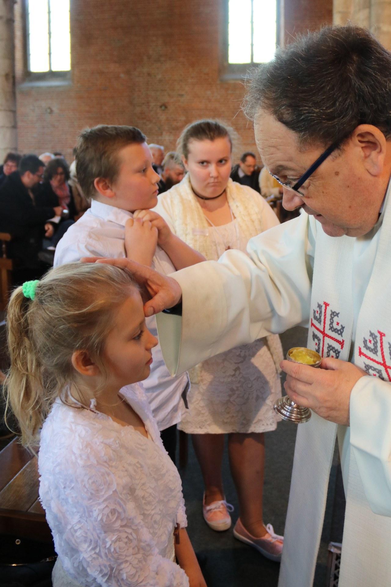 1905_Célébration de baptêmes (7 -12 ans) 84