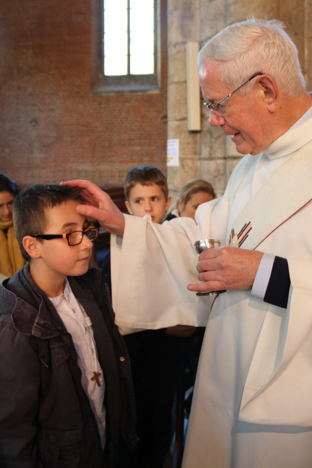 1905_Célébration de baptêmes (7 -12 ans) 90