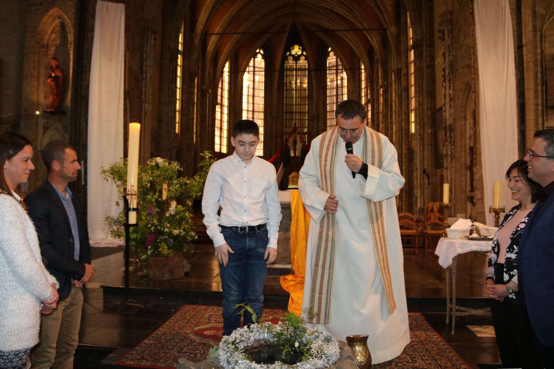 1905_Célébration de baptêmes (collégiens) 35