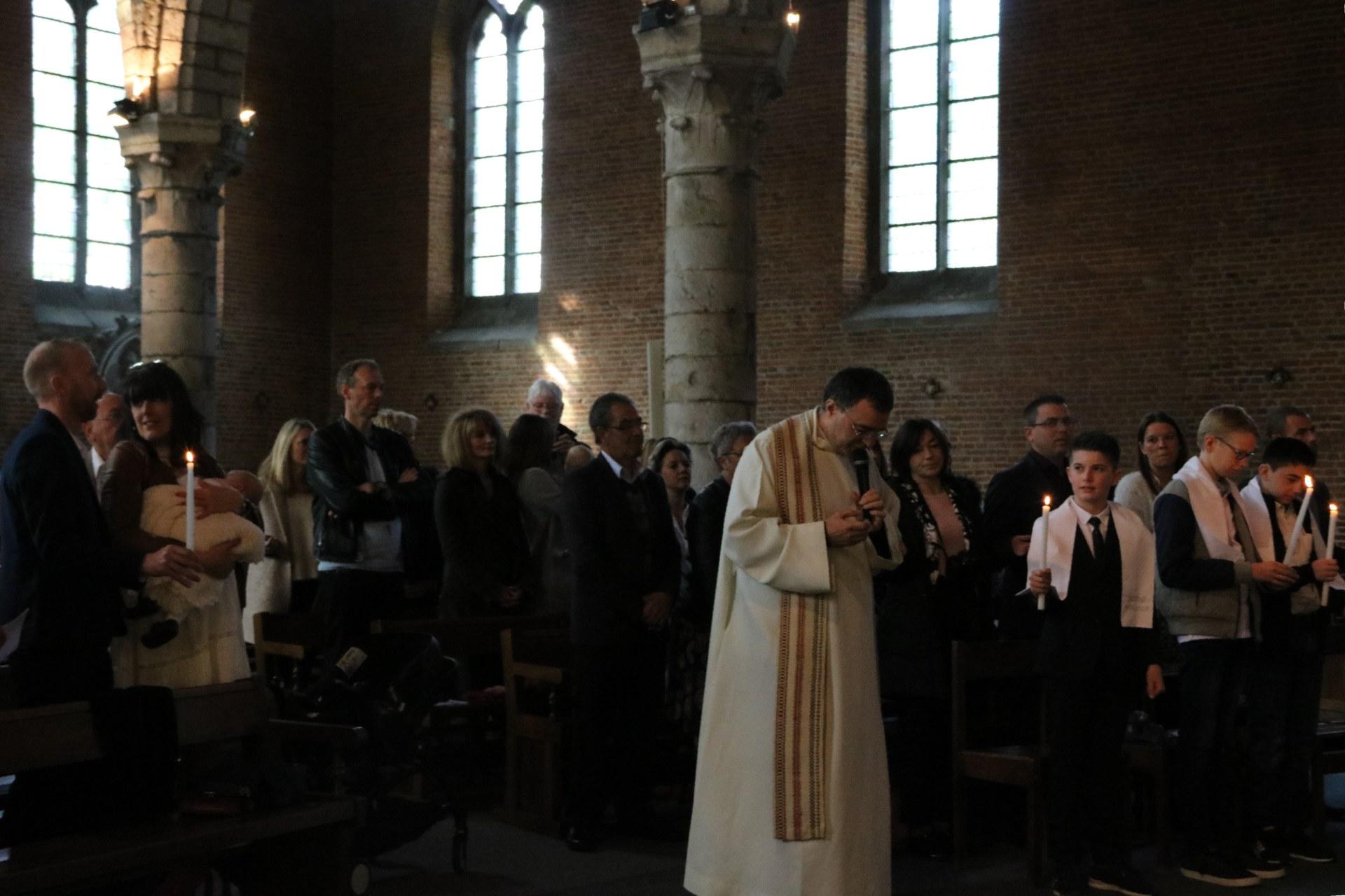 1905_Célébration de baptêmes (collégiens) 53