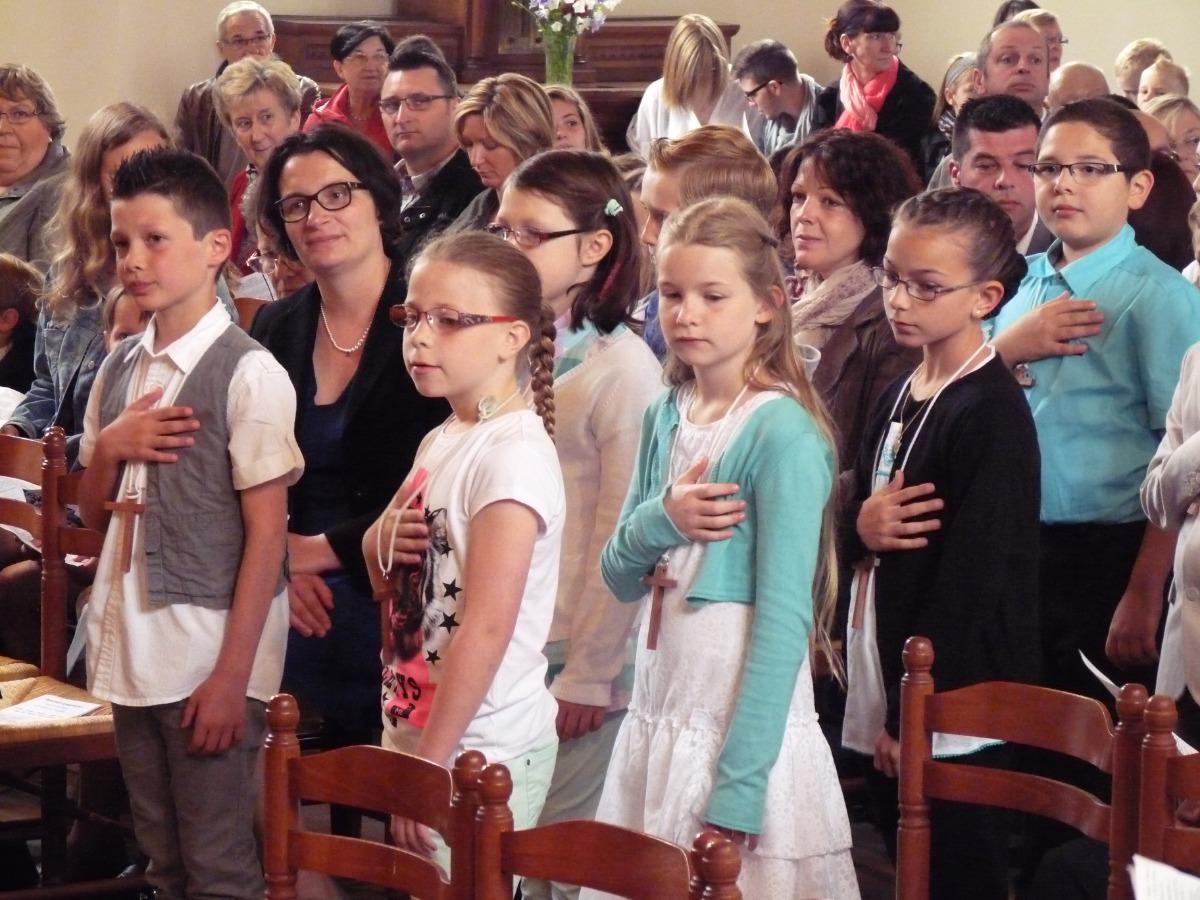1ere communions les rues des vignes 29 mai 2014 00