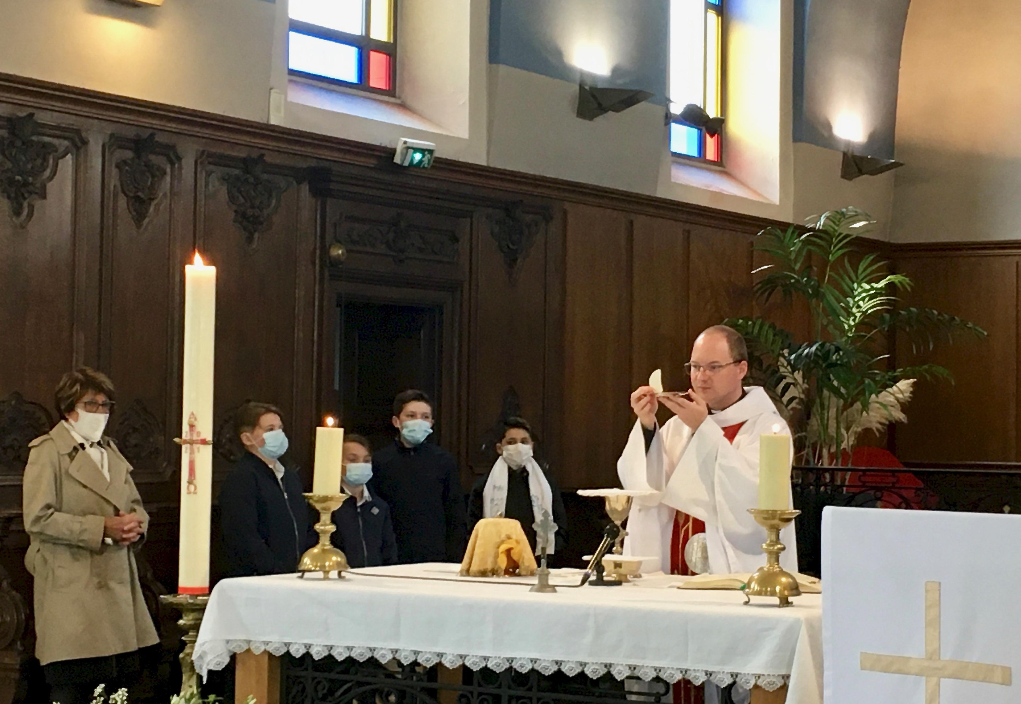 1eres communions Batellerie 1er mai 2021 7