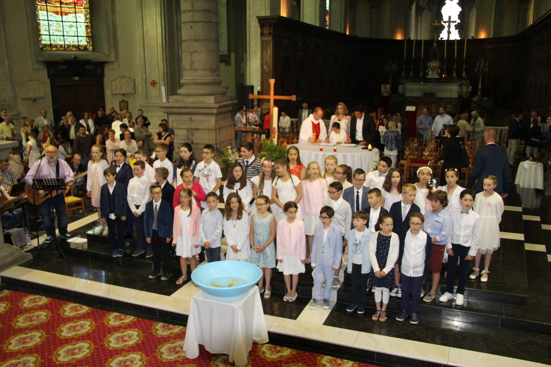 1eres communions Ecole St Bernard 2018 (5)