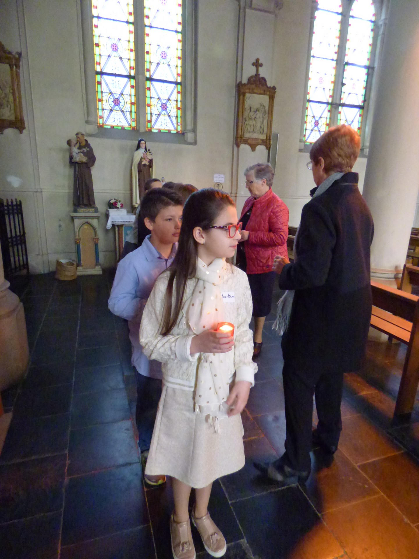 1eres communions Neuville 2018 (25)