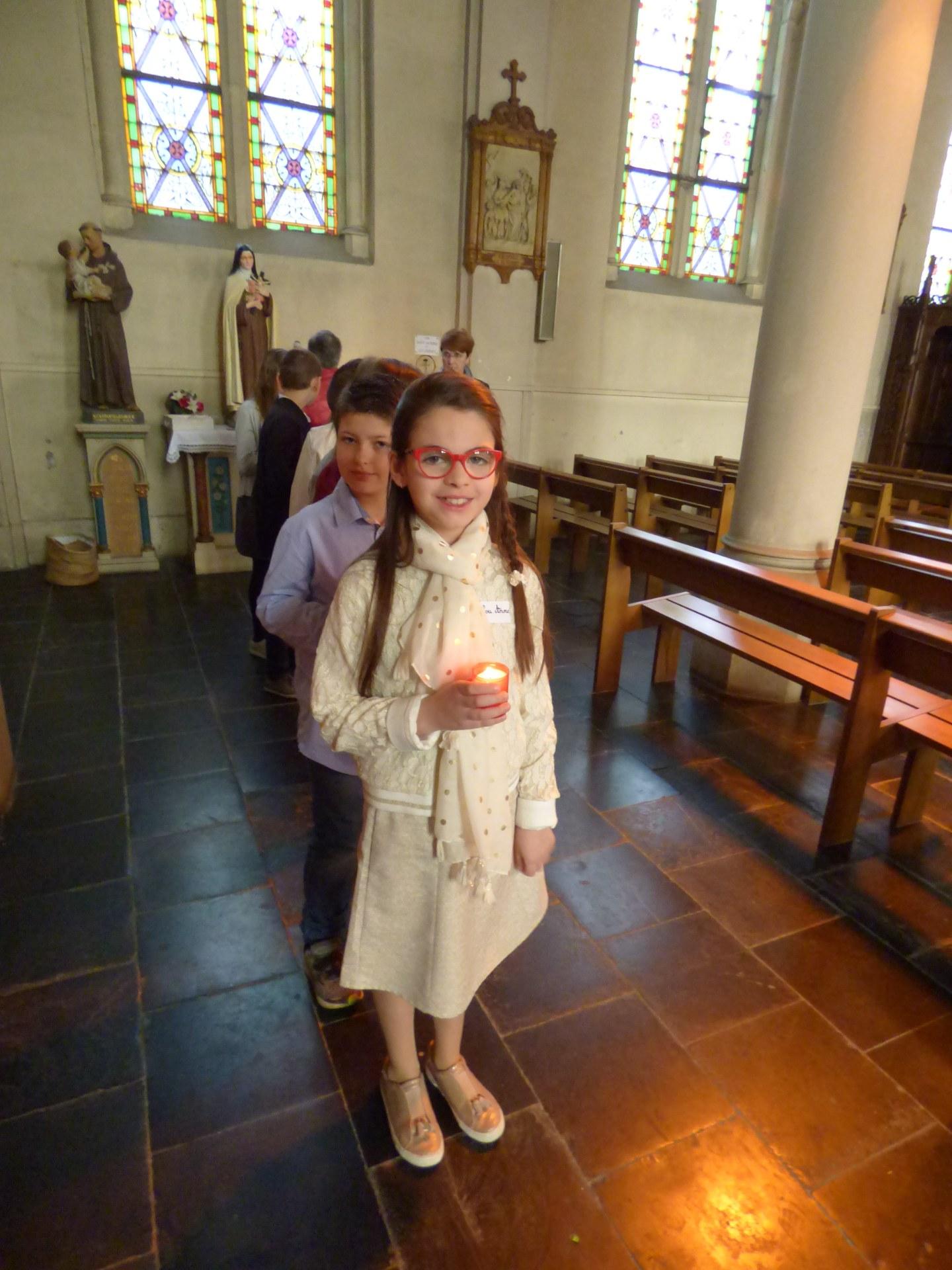 1eres communions Neuville 2018 (26)