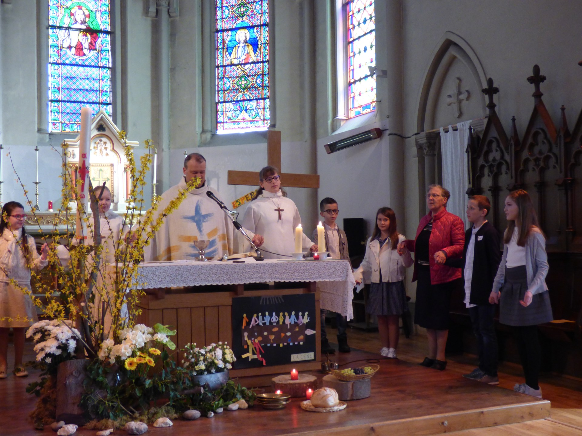 1eres communions Neuville 2018 (36)